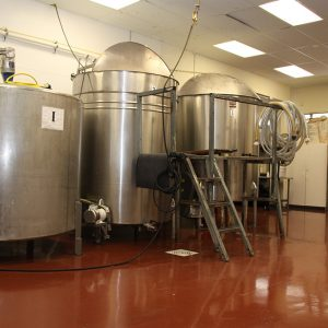 1000 Gallon Mixing Vessels